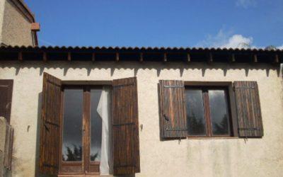 Installer des panneaux solaires sur son toit dans le Var